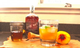 Southern Peach Whiskey Smash