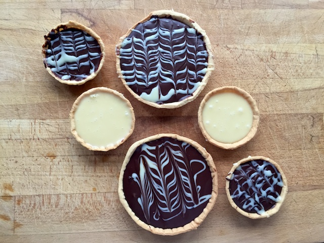 Dark & White Chocolate Tarts: take two