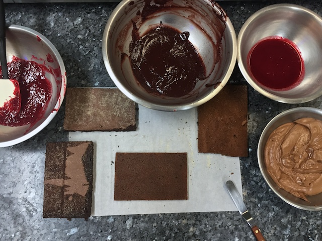 Raspberry Delice assembly