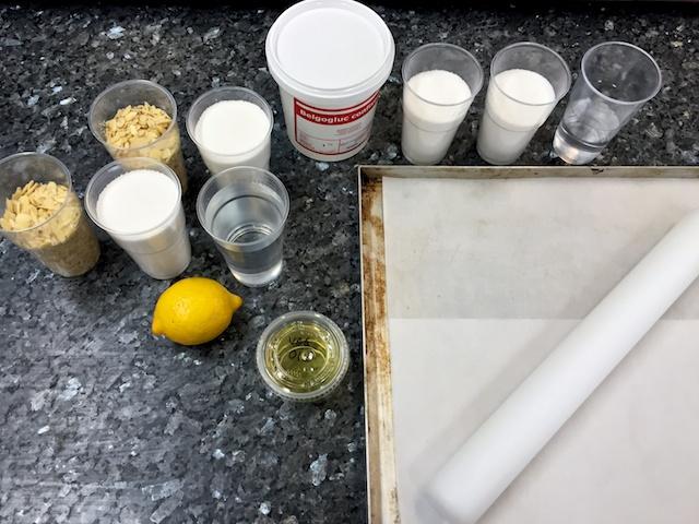 Nougatine centerpiece ingredients