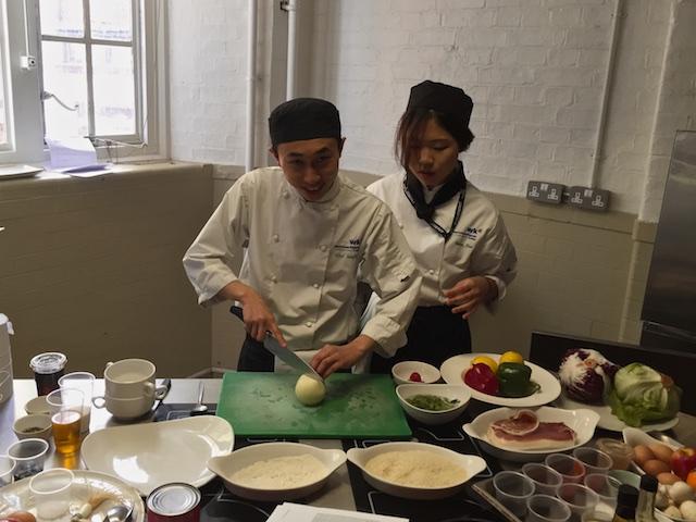 Choi & Naeun prepping