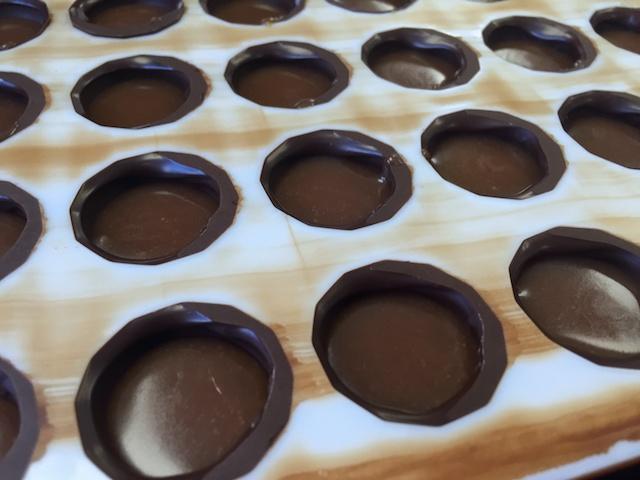 Making ganache-filled chocolates