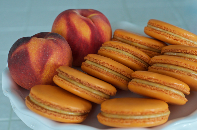 Bourbon Peach Pie Macaron
